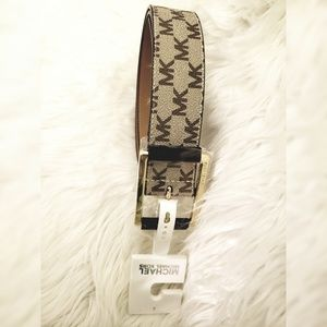 Michael Kors Belt New With Tags ( SMALL)